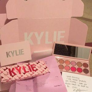 New Kylie Valentine Eye Palette Receipt Packaging